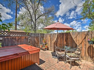 Cozy Colorado Springs Bungalow w/ Hot Tub!