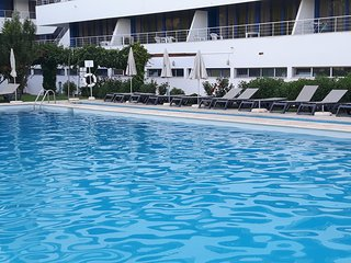 Vilamoura Marina Avenue Apartment - Central Vilamoura