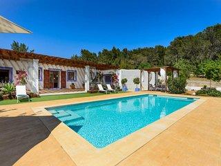 3 bedroom Villa in Santa Eulalia Del Río, Balearic Islands, Ibiza : ref 2259658