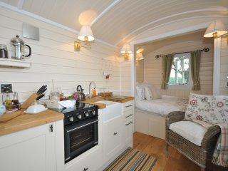 44235 Log Cabin in Abergavenny