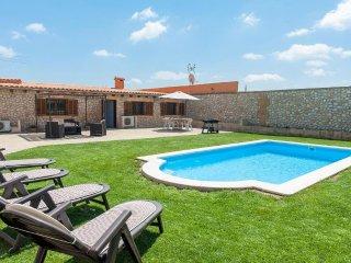 LLAVORINA - Villa for 6 people in Sa Pobla