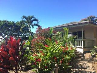 """Holualoa """"Ohana"""" Oceanview Cottage"""