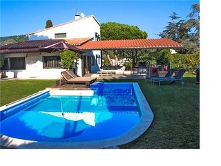 Exquisite villa for 9 in Cabrera de Mar, only 2km to the beach and 15km to