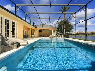 Formosa Gardens 3 - villa with pool, game room and theater room near Disney