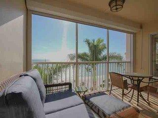 Continental Club- Luxury 7th Flr. Beach Front Condo-Enjoy Panoramic Gulf Views