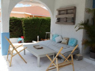 Luxury 2 Bedroom Villa, Just 5 Minute Walk To The Beaches Of Campoamor