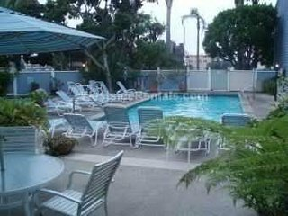 Luxury 2Bd/2.5Ba Townhouse in Marina Del Rey (Silver Strand)