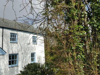 The Anchorage Quaint cottage in Kingston S.Devon