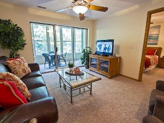 Relaxation Station-Stay in this 2 bedroom/bath condo located at Emerald Point