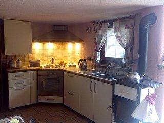 cucina attrezzata a disposizione degli ospiti - equipped kitchen for guests use only
