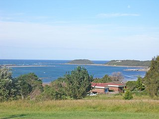 Water View House * Orient Point