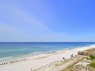 Enjoy the Gulf at your doorstep! Tram to Baytowne, pool, beach! FREE GOLF!