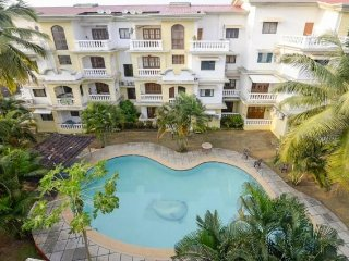 Comfy 3-BHK with a pool, close to Varca Beach