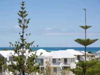 Beach of Plenty Boutique Apartment - Sth Fremantle