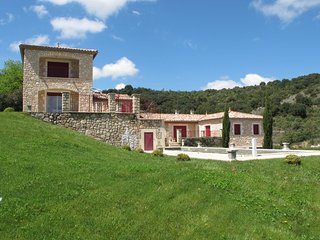 Villa des 4 vents A - Class villa with private pool in a region full of history
