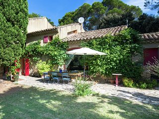 Villa - MORNAS - Beautiful Provincial Mas at the medieval village of Mornas (5km) in the Vaucluse