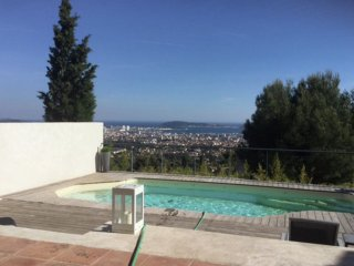 Maison de vacances - Toulon - Detached villa with private pool and beautiful