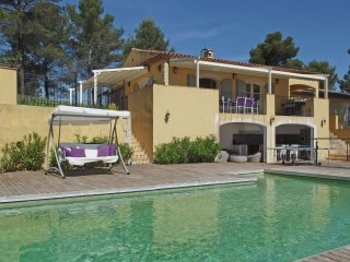 Villa Piscine Provence - Luxurious child-friendly villa with gorgeous view and