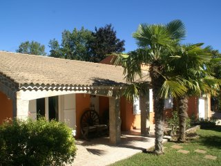 Villa - GAREOULT - Villa near Garéoult with large private pool and delightful garden