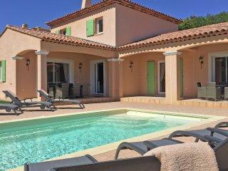 Villa d'Artagnan 6 person - Modern villa with a private pool, at walking distance from Le Plan-de-la-Tour
