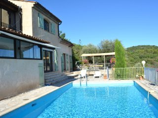 Villa Eveline - Ideal 'more than 1 family' villa with pool and view! Privacy in