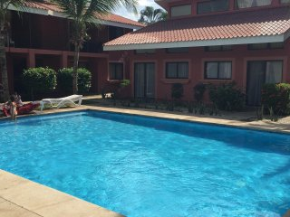 This unit is just a 100 m away from the soft sand beach of Playas del Coco.
