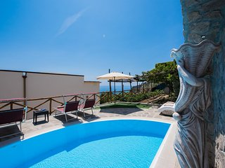 Villa Virginia Sea  view- Private pool ( April to October)- Just 17 steps