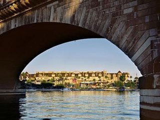 LONDON BRIDGE RESORT in Picturesque Lake Havasu