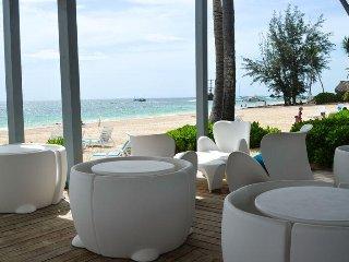 Playa Turquesa 1BR, 2BA well equipped condo ground floor!
