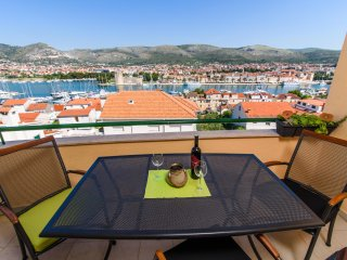 Apartment AMAZING VIEW - Trogir city