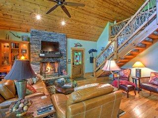 Private, Designer Luxury, Highlands 3BR Cabin
