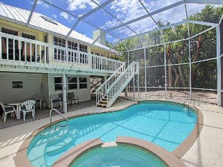 East End  pet friendly home with pool