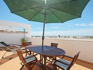 Apartamento para ferias com vista mar em Cabanas Algarve