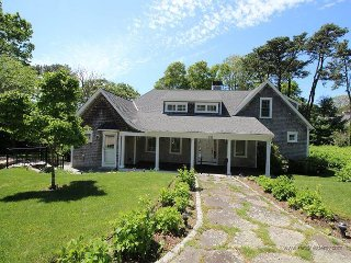 Beautiful Oak Bluffs home on Lagoon Pond with Pool!