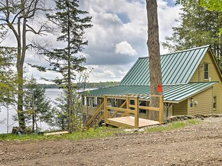 'Loon Song' Cottage w/ Private Dock on Caroga Lake