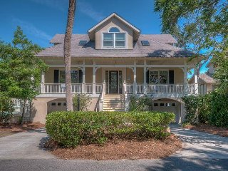 72 Dune Lane - 2nd Row Ocean (Less than 20 yards to the beach) Very Spacious