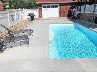 Beautiful Million Dollar Multifamily Home w/ Heated Pool and Lake Michigan views