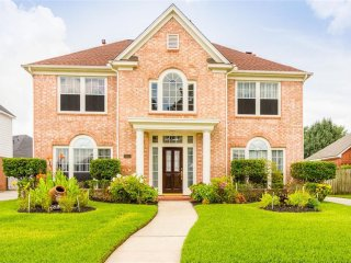 Beautiful Home Conveniently Located Near Bush Intercontinental Airport/Iah