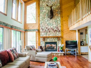 Beautiful Cozy Cabin in the Pocono Mountains