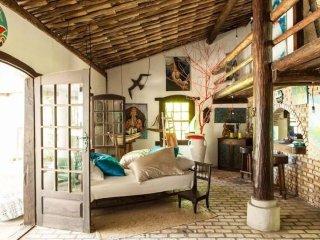 Iemanjá Art House - Pé na'reia - 2 quartos