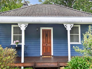 POET'S COTTAGE - Blue Mountains Tranquility