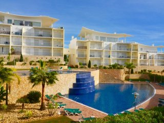 Superb Costa da Orada 2 bedroom apartment with free A/C and Wi-Fi