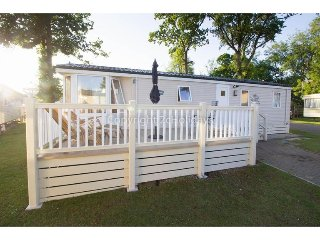 8 berth caravan at Carlton Meres Holiday Park, in Saxmundham. REF 60059M