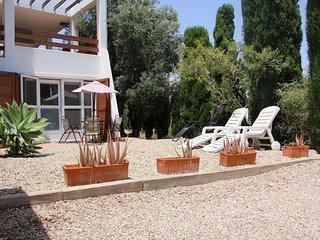 apartamento con vistas al mar, terraza, parking, wiffi y piscina