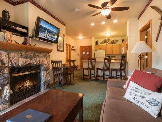 Hidden River Lodge 5975 - Walk to slopes, amazing ski area views!