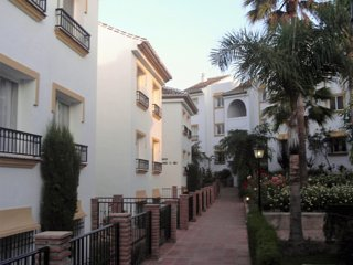 MIRAFLORES BEACH & COUNTRY CLUB RANCHO B