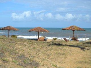 Mansão com 5 Suites  100metros para a praia