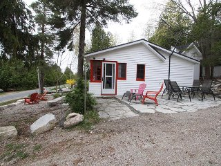 Pinewinds cottage (#1129)