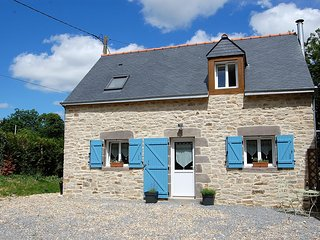 Coet Moru Gites, Lavender Cottage, detached cottage with rural views