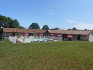 Studio Gite Rose  with swimmingpool ( Aubege Abjat)